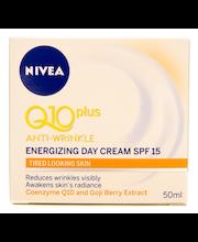 NIVEA 50ml Q10plus Anti-Wrinkle Energizing Day Cream -päivävoide sk 15 väsyneen näköiselle iholle