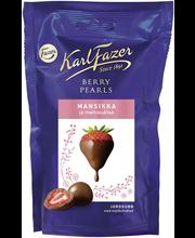 Karl Fazer Berry Pearls 90g mansikka, maitosuklaalla kuorrutettuja mansikoita, suklaamakeinen
