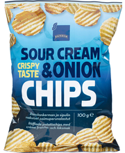 Potato crisps, sour cr...
