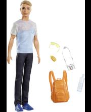 Barbie Ken matkailee nukke FWV15