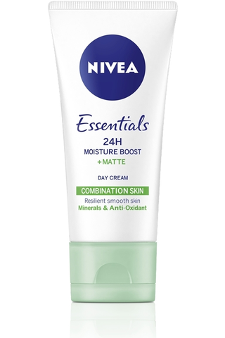 NIVEA 50ml Essentials 24H Moisture Boost + Matte Day Cream -päivävoide sekaiholle