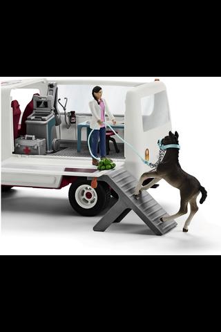 Schleich Mobile Vet eläinlääkäriautopakkaus
