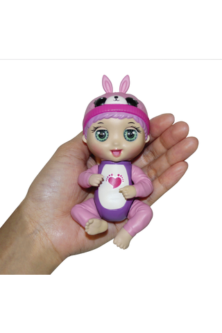Tiny Toes Interaktiivinen nukke