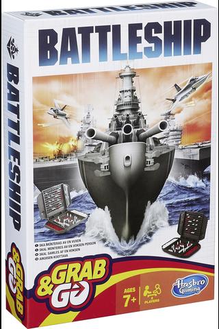 Hasbro Gaming Battleship Grab & Go matkapeli
