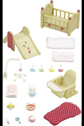 Sylvanian families vauvojen lastenhuonesetti