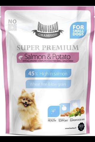 Hau-Hau Champion 800g Super Premium lohi-peruna pienille aikuisille koirille