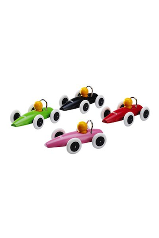 Kilpa-auto Brio, erilaisia