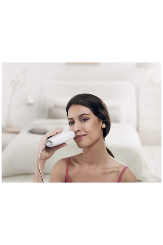 Philips Lumea Essential ihokarvojen poistoon