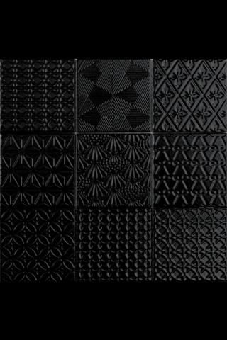 Spirit Black 9.8X9.8 Lasitettu Laatta Musta