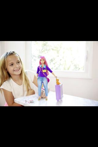 Barbie Daisy matkailee nukkesetti FWV26