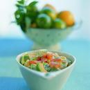 Lohi-avokado-pastasalaatti