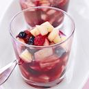 Mausteinen marja-hedelmäsalaatti