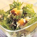 Caesar-salaatti suomalaisittain