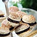 Pähkinä-suklaamacaronit