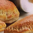Kinkkutäytteiset pehmeät pasteijat