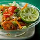 Thaimaalainen lisukesalaatti