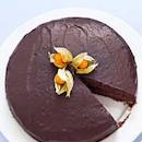 Tropiikin suklaakakku