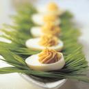 Täytetyt munanpuolikkaat