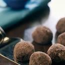 Kahden suklaan pallot