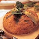 Jouluinen pähkinä-porkkanaleipä