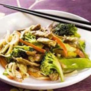 Rapea kasvis-possu wokki