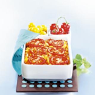 Tomaattinen lohi-kasvisvuoka