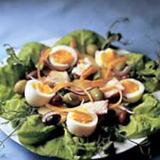 Ruokaisa kananmunasalaatti