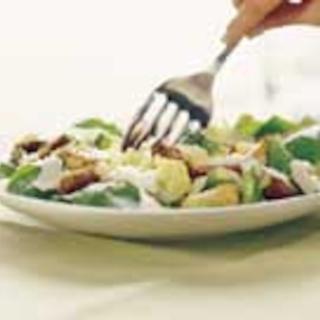 Rukiinen Caesar-salaatti