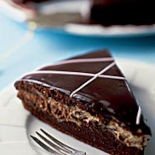 Toffeinen suklaa-halvakakku
