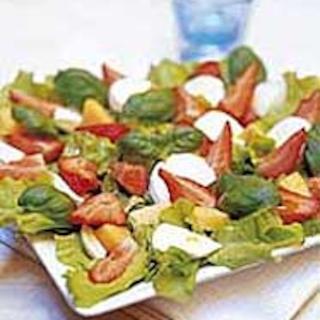 Mansikkainen salaatti