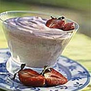 Mansikkajogurttimalja
