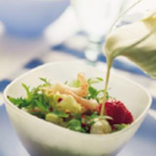 Katkarapu-pähkinäsalaatti