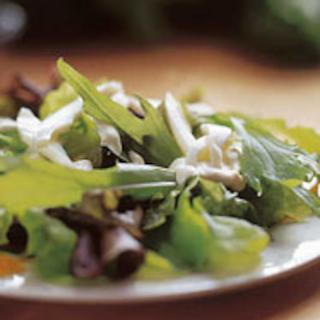Isoäidin salaatinkastike