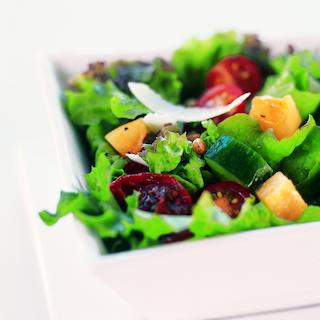 Salaatti italialaisittain