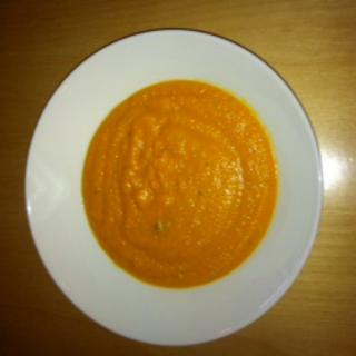 Porkkana-linssikeitto
